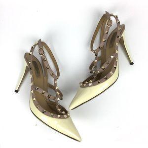 VALENTINO Rockstud Nude Leather Heels Pumps \\ 42